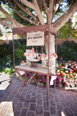 Wedding-Dessert-Cart