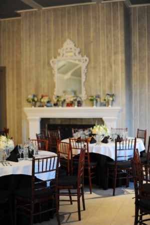 Black-and-White-Table-Linens