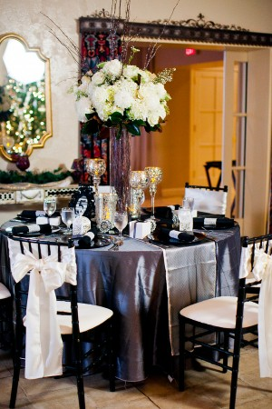 Black-and-White-Wedding-Reception