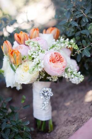 Bright-Wedding-Bouquet