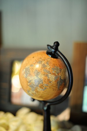 Globe-Travel-Inspired-Wedding-Decor