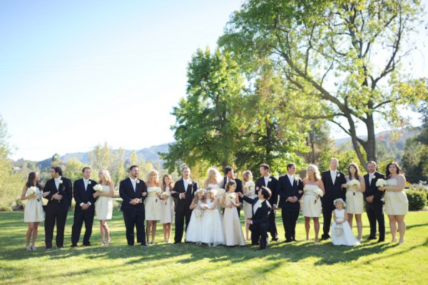 Large-Bridal-Party-Photo