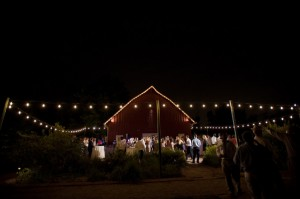 Nighttime-Barn-Wedding-Dance