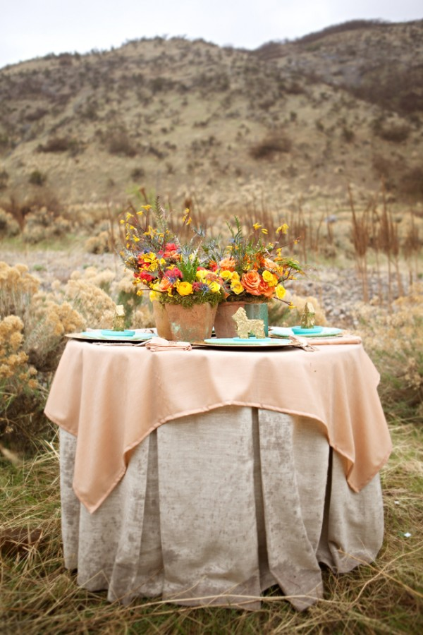 Peach-and-Turquoise-Tablescape
