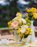 Pretty-Milk-Glass-Vases