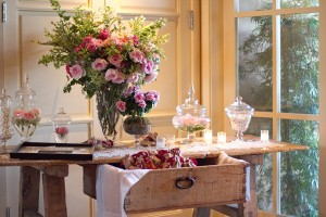 Rustic-Wedding-Escort-Card-Table