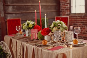 Rustic-Woodsy-Tablescape
