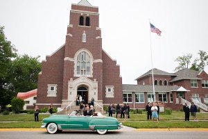 Teal-Vintage-Getaway-Wedding-Car