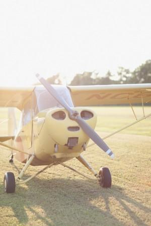 Vintage-Airplane-Engagement-Session-2