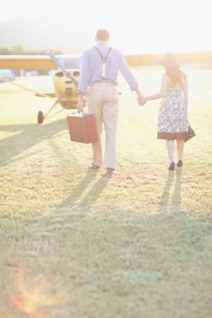 Vintage-Airplane-Engagement-Session-6