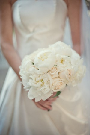 White-Peony-Rose-Bouquet
