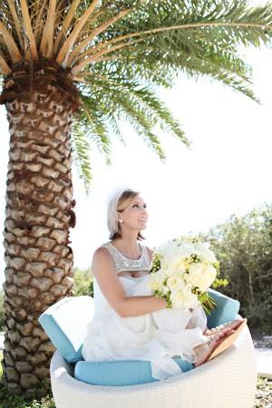 Beachy-Bridal-Portrait