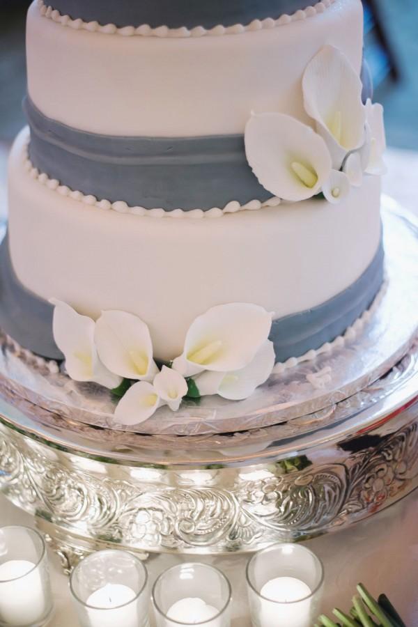 Blue And White Fondant Wedding Cake
