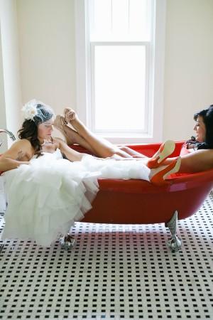 Bridal-Bathtub-Photo
