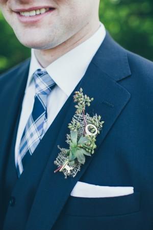 Burlap-Key-Wedding-Boutonniere