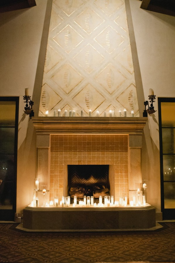 Candle-Wedding-Mantel