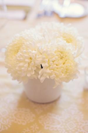 Classic White Wedding Centerpiece 2