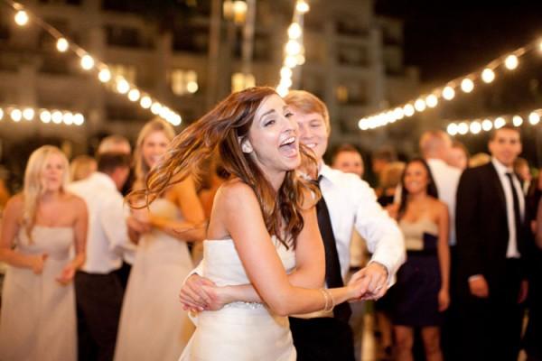 Elegant-Chic-California-Beach-Wedding-by-Caroline-Tran-1
