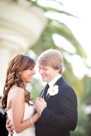 Elegant-Chic-California-Beach-Wedding-by-Caroline-Tran-3