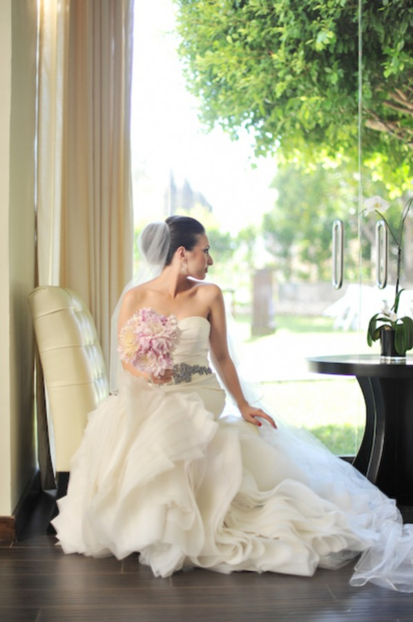 Elegant-and-Etherial-Cloud-Inspired-Wedding-by-Hazelnut-Photography-5