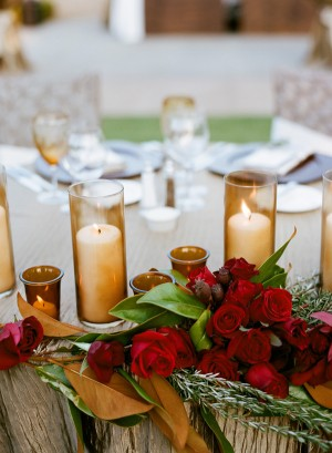 Gold-Champagne-Red-Wedding-Centerpiece