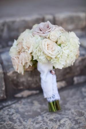 Ivory-and-Blush-Wedding-Bouquet