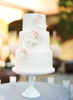 Modern Classic Wedding Cake