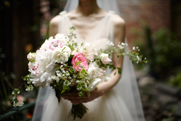 Pink-Green-Elegant-Garden-Bouquet