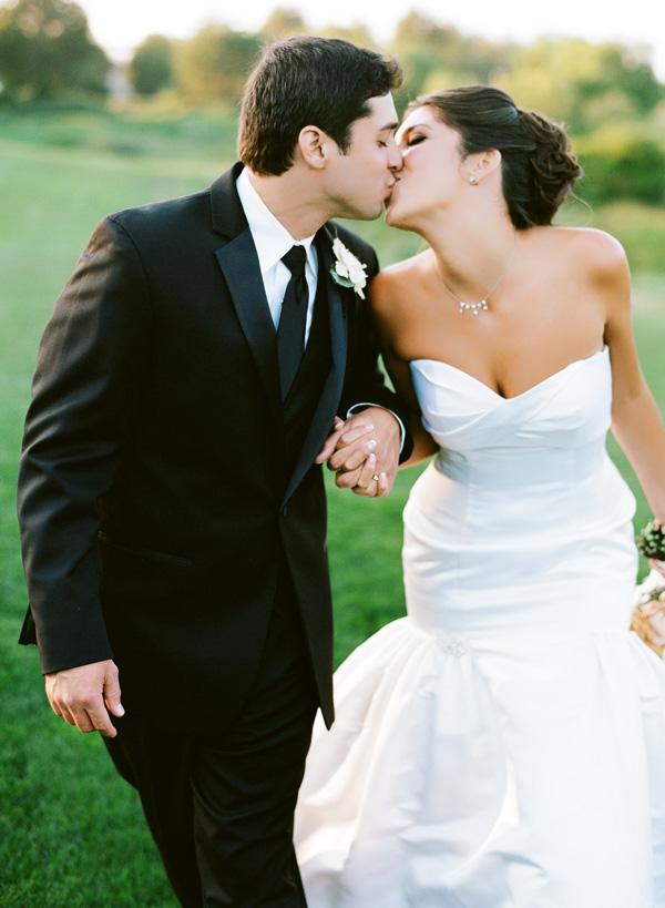 Rustic-Elegant-Wedding-from-Paul-Von-Rieter-11