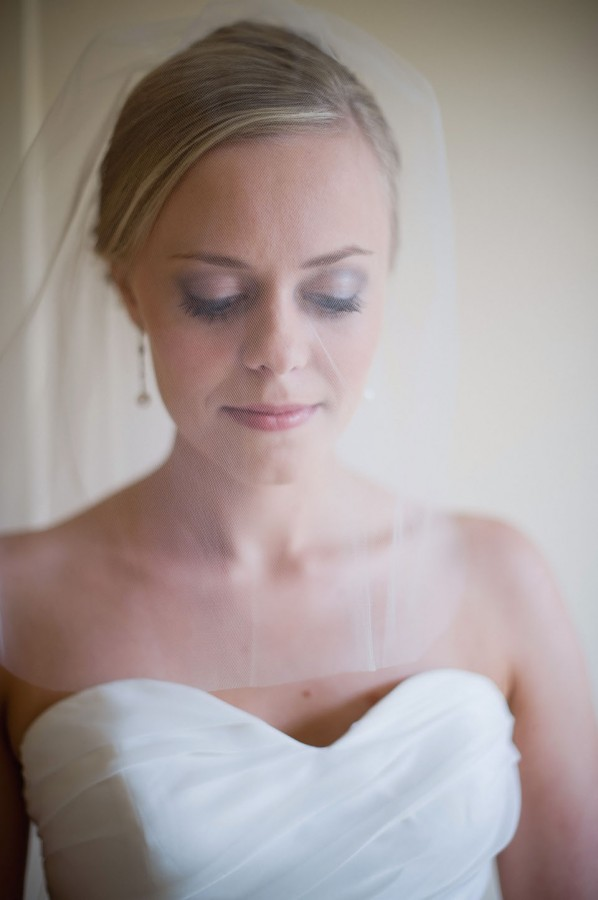 Simple Elegant Bridal Veil