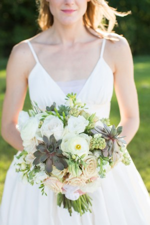 Succulent-Blush-and-Ivory-Wedding-Bouquet