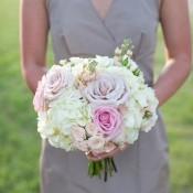 Tea-Rose-and-Hydrangea-Bridesmaids-Bouquet