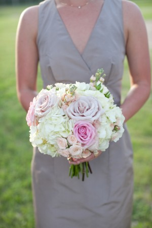 Tea-Rose-and-Hydrangea-Bridesmaids-Bouquet
