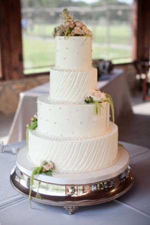 Vintage-Elegant-Wedding-Cake