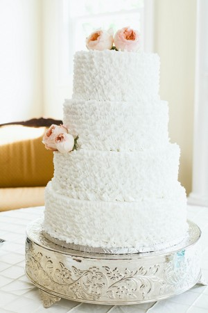 White-Ruffled-Wedding-Cake