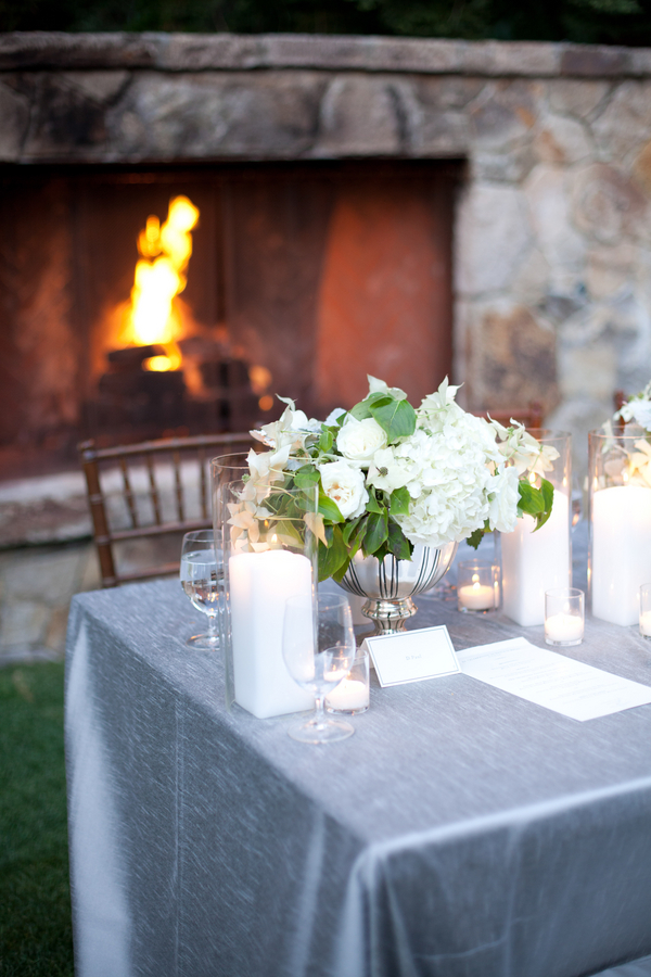 White-and-Grey-Wedding-Tablescape