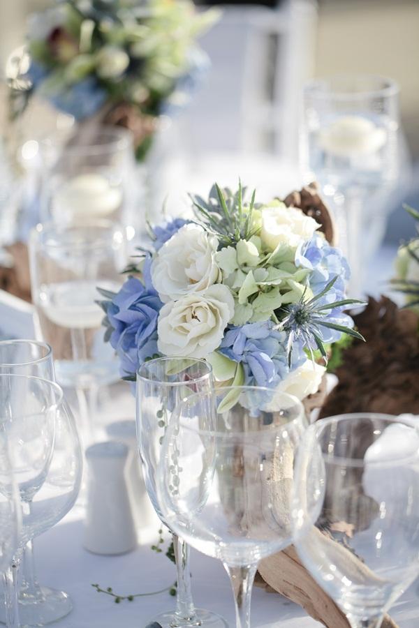 blue and white wedding flowers elizabeth anne designs the wedding blog. Black Bedroom Furniture Sets. Home Design Ideas