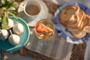 Dessert Engament Session Ideas 6