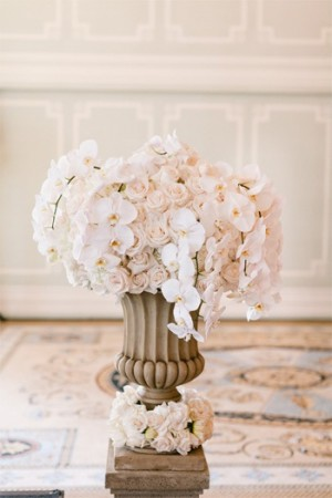 Elegant Rose and Orchid Ceremony Flowers