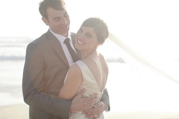 Naturally Chic Beachfront Wedding by Joielala 7