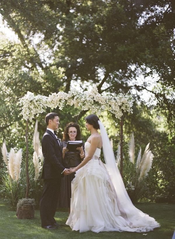 Outdoor Wedding Ceremony Altar Elizabeth Anne Designs
