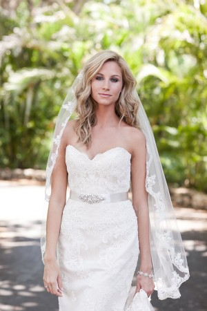 Sweetheart Lace Wedding Gown