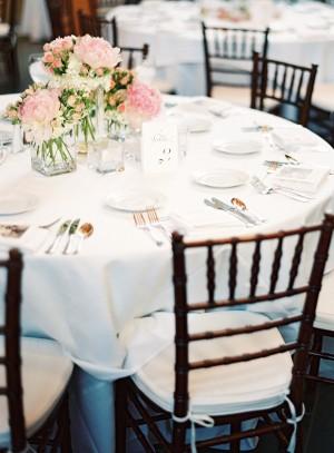 Elegant Pink and White Wedding Centerpieces