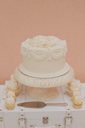 Elegant Old World Wedding Cake