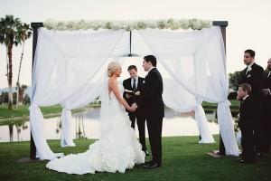 Elegant White Wedding Ceremony 3
