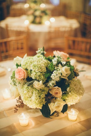 Rose and Hydrangea Centerpiece1