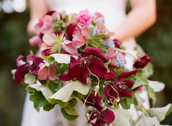 burgundy wedding bouquets