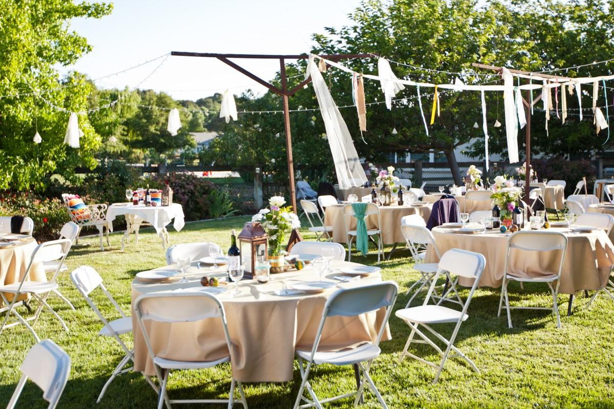 Backyard Reception With Diy Streamers Elizabeth Anne