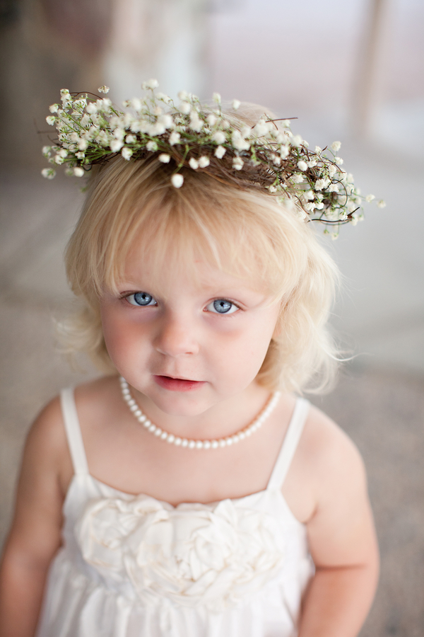Classic White Flower Girl Outfit With Flower Hair Wreath