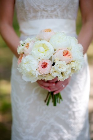 Elegant Pale Pink and Cream Bouquet